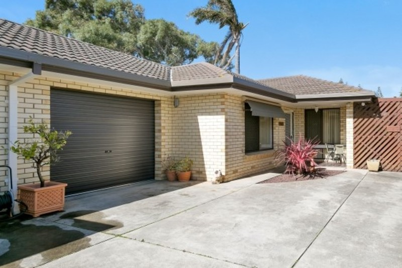 Unit 2, 11 Crewe Street, Henley Beach SA 5022