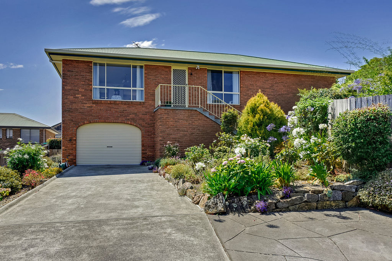 Unit 2, 5 Chatterton Court, Claremont TAS 7011