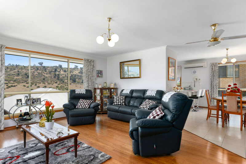 Photo - Unit 2, 5 Chatterton Court, Claremont TAS 7011  - Image 4