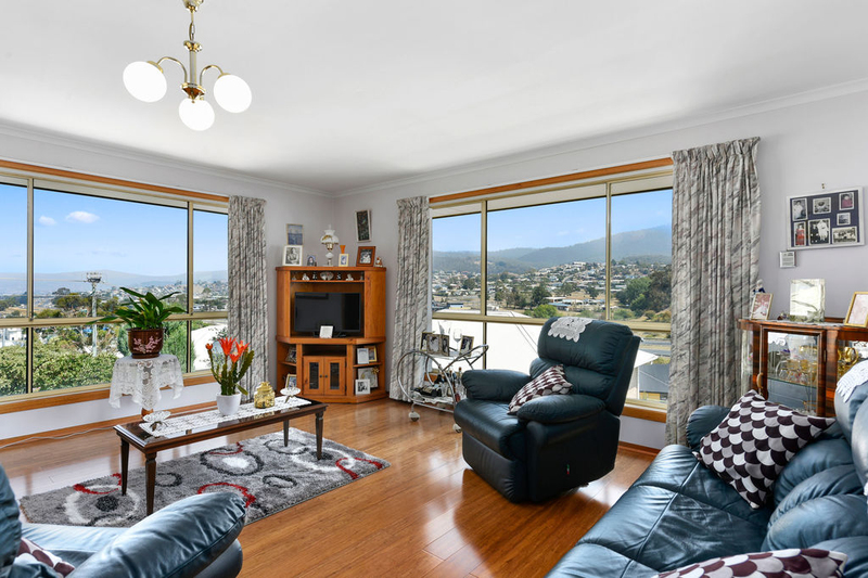 Photo - Unit 2, 5 Chatterton Court, Claremont TAS 7011  - Image 6