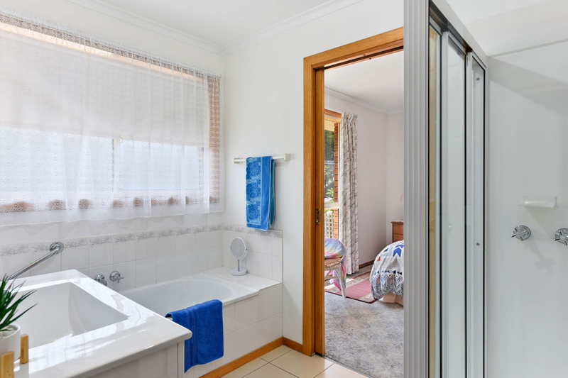 Photo - Unit 2, 5 Chatterton Court, Claremont TAS 7011  - Image 10