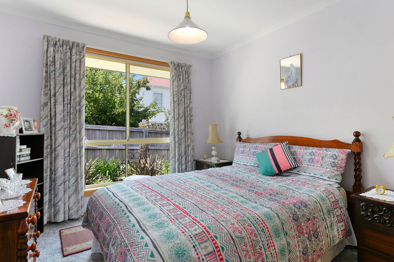 Photo - Unit 2, 5 Chatterton Court, Claremont TAS 7011  - Image 11