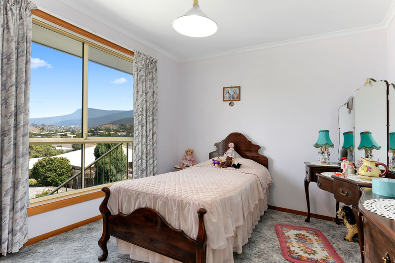Photo - Unit 2, 5 Chatterton Court, Claremont TAS 7011  - Image 13