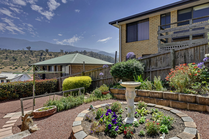 Photo - Unit 2, 5 Chatterton Court, Claremont TAS 7011  - Image 16