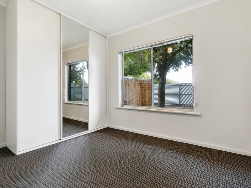Photo - Unit 3/42 Exeter Terrace, Devon Park SA 5008  - Image 5
